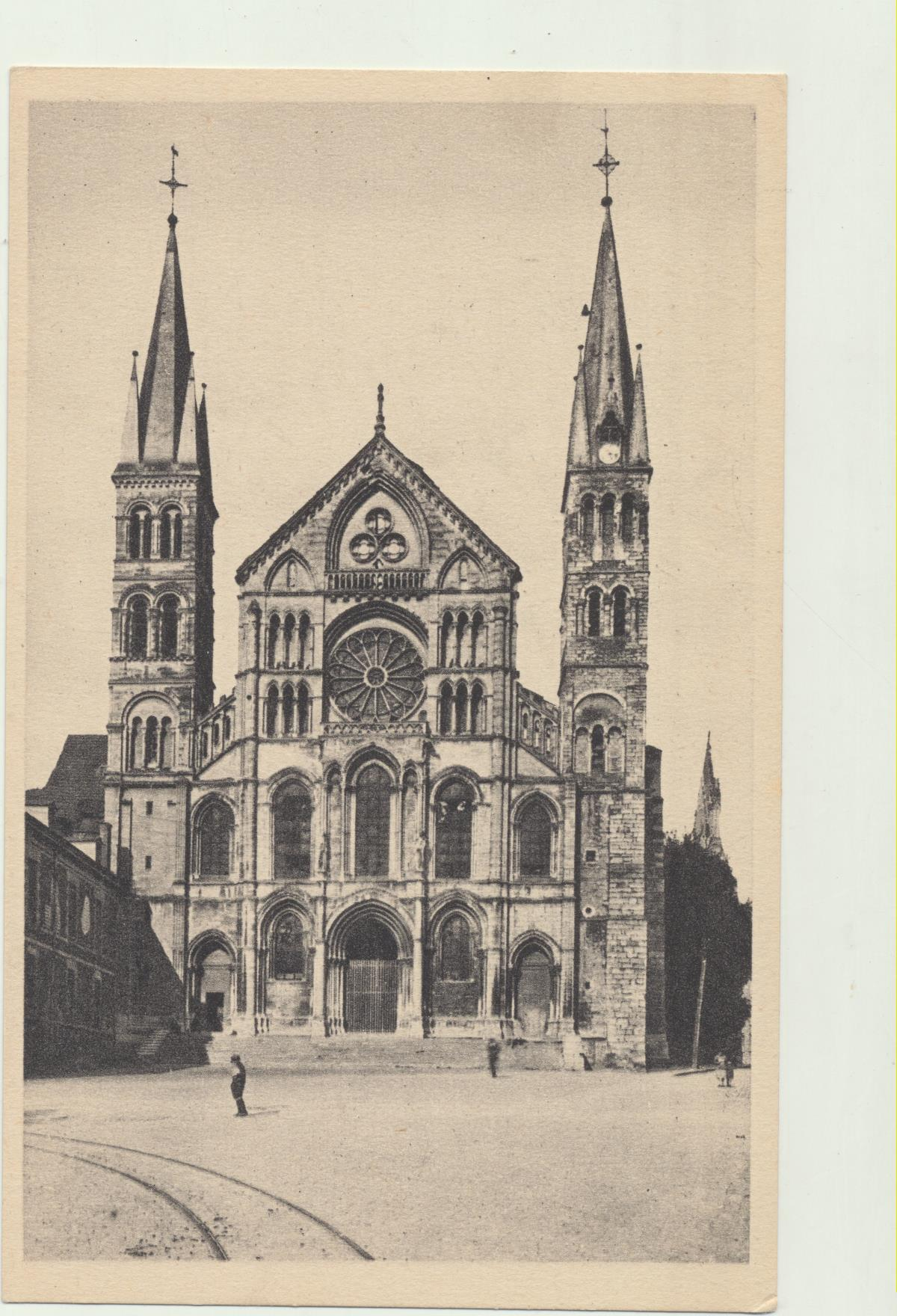 Reims.- L´Eglise Saint-Remi